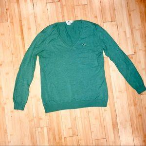 Vineyard Vines V-neck Sweater size medium